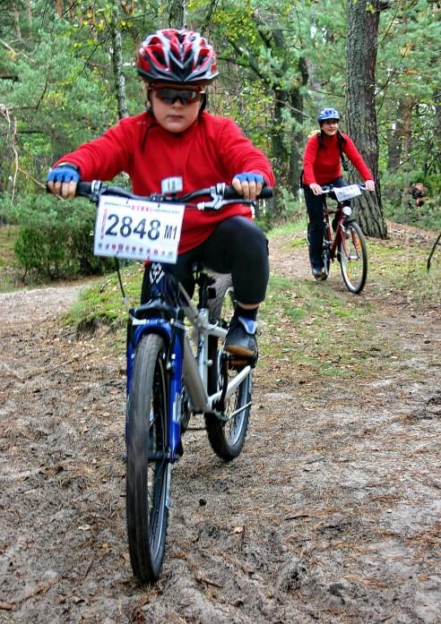 cycle-race-4-1435474-1599x2263