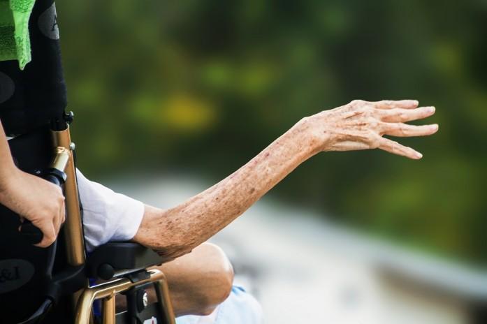 hospice-1794351_960_720